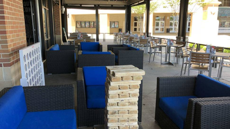 Where To Sit Outside And Drink On A Patio In Magnolia Park
