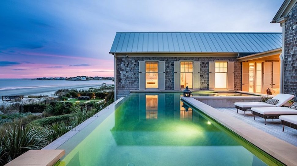 10 Dream Beach Houses Along The