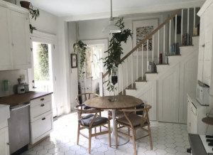 Plant-covered bungalow   Photo via Airbnb