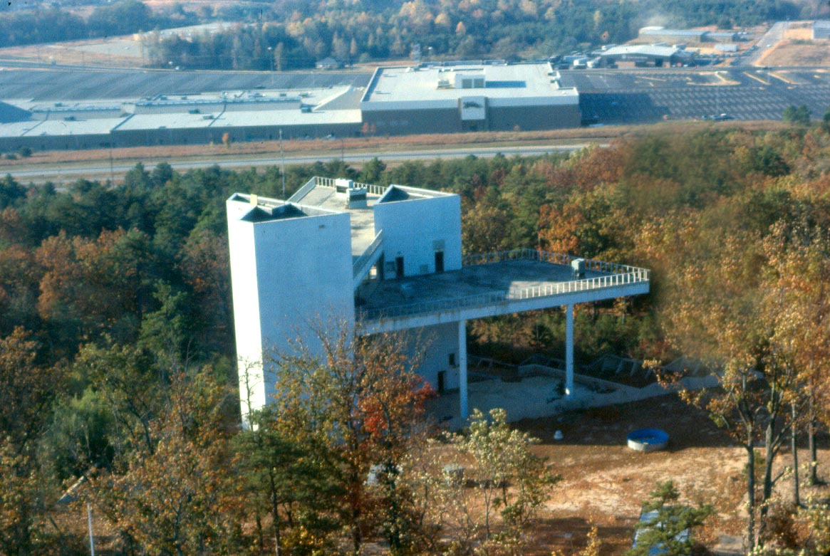 Tricentennial museum before it was demolished with Greenville Mall in the background   Photo provided by Roper Mountain Science Center
